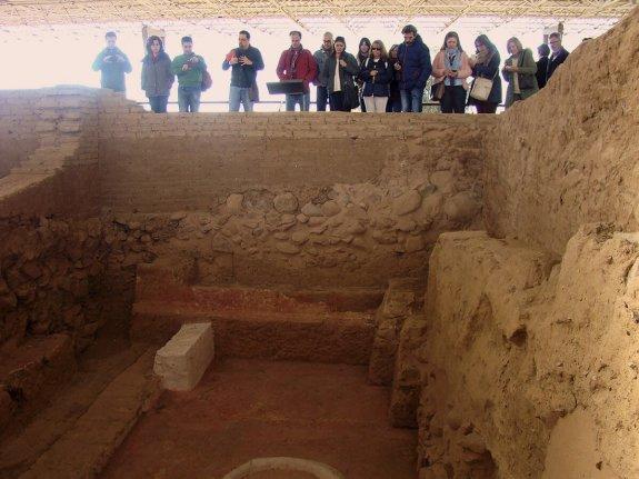 En el Diario Hoy se recoge nuestra visita y la interpretación esotérica de Cancho Roano